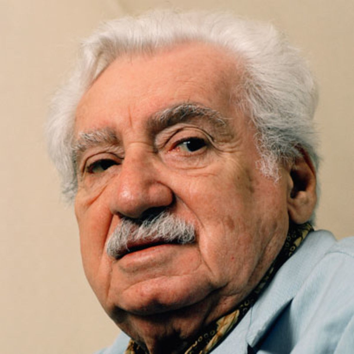10 de Agosto - Jorge Amado, escritor brasileiro.jpg (Moderado)