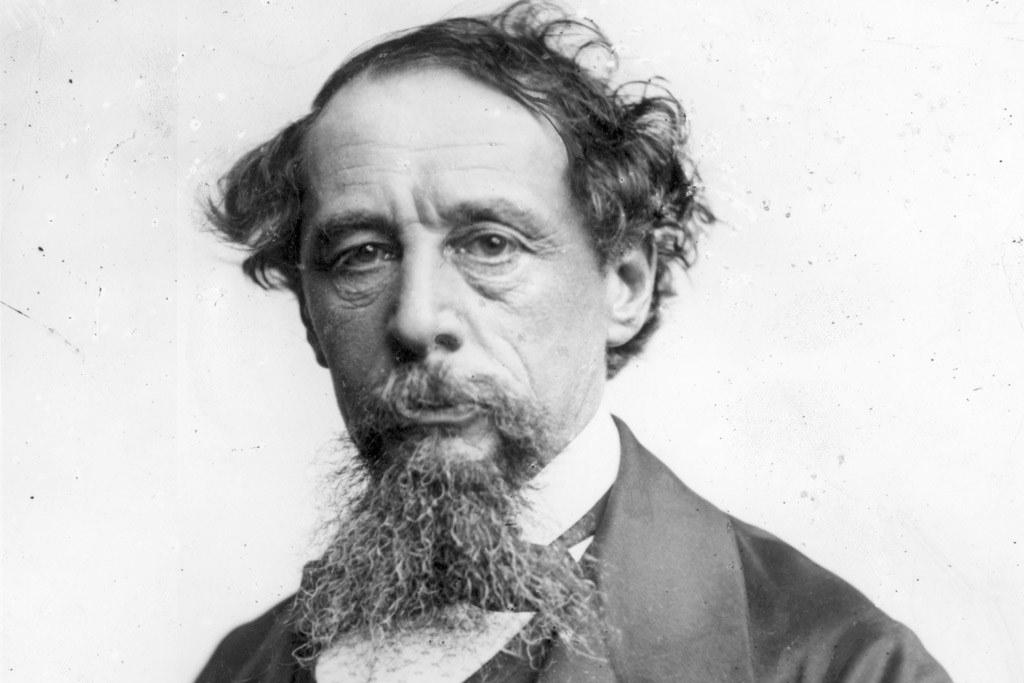 9 de junho - Charles Dickens, escritor inglês.jpeg (Moderado)